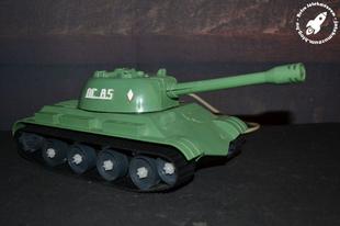Távirányítós szovjet elemes harckocsi