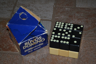 Bűvös dominó