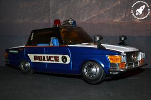 ME-621-es kínai rendőrségi autó