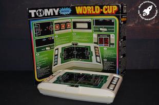 TOMY World Cup LED-es játék