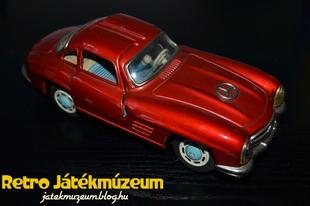 Mercedes 300 SL Gullwing bolygókerekes autó