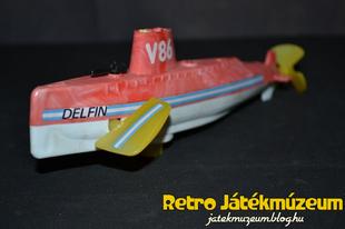 Delfin óraműves tengeralattjáró