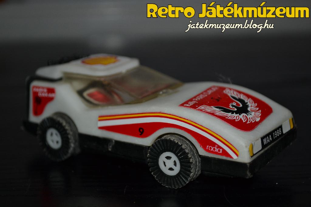 lengyelkisauto2.JPG