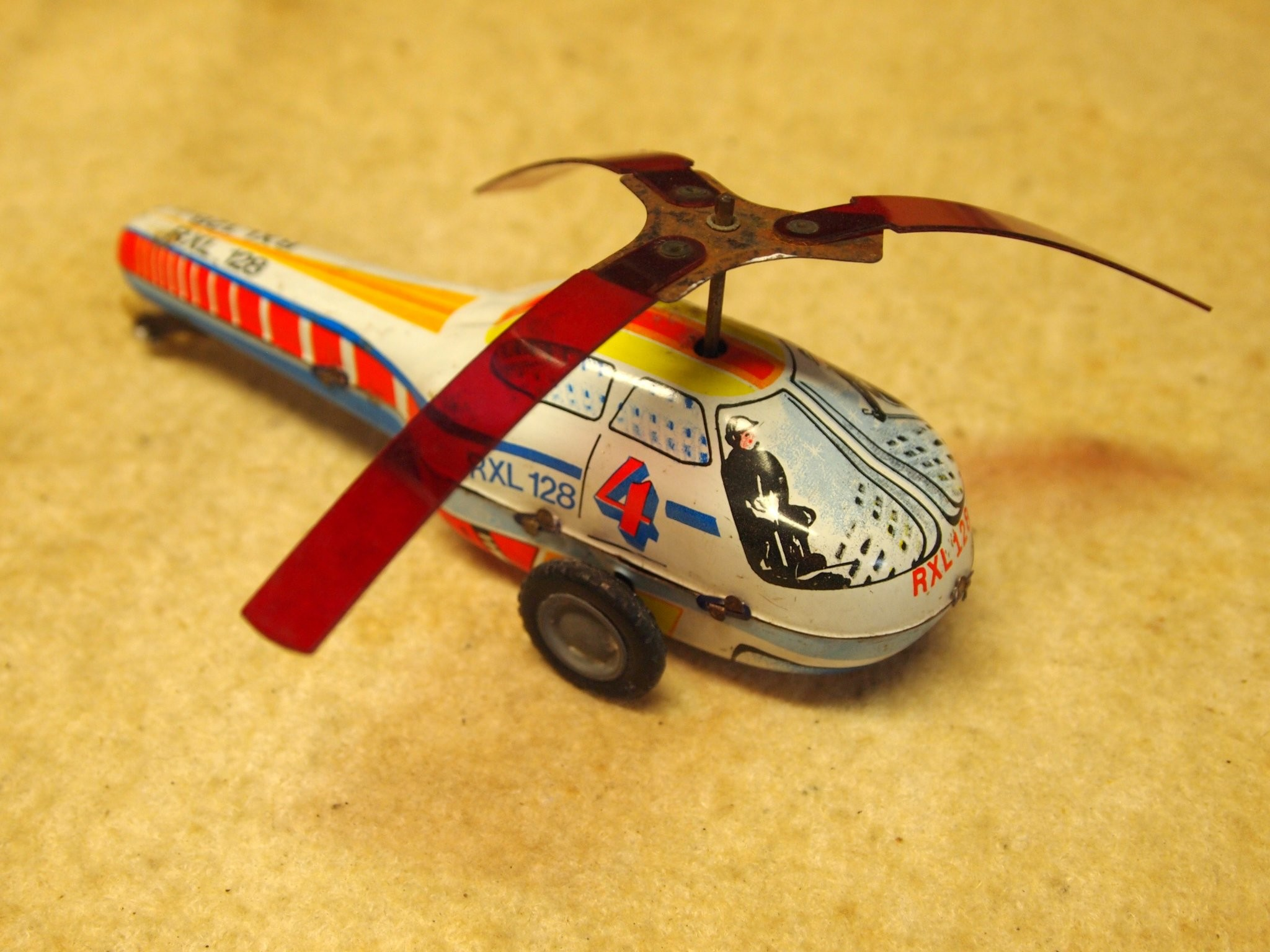 595de2a4a3718-helikopter-lemezarugyar-lemezjatekretro-jatek.jpg