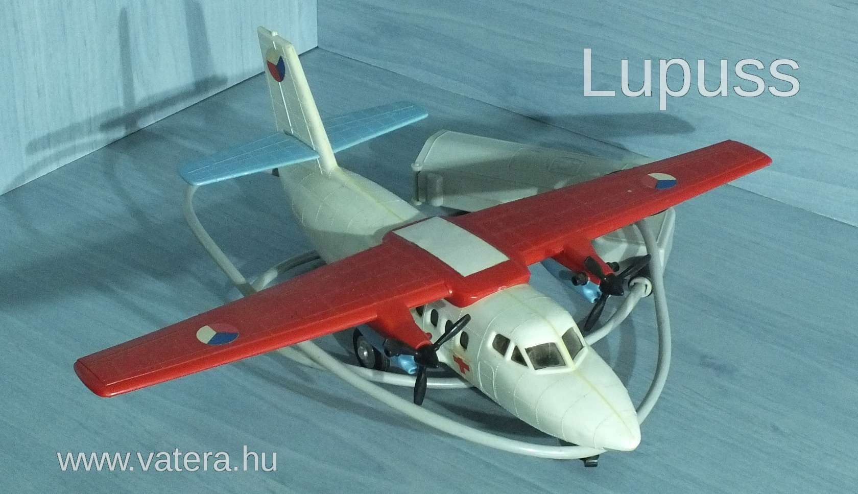 let-l-410-ites-repulo-tavos-kabeles-szep-toresmentes-allapot-mukodokepes-821a_1_big.jpg