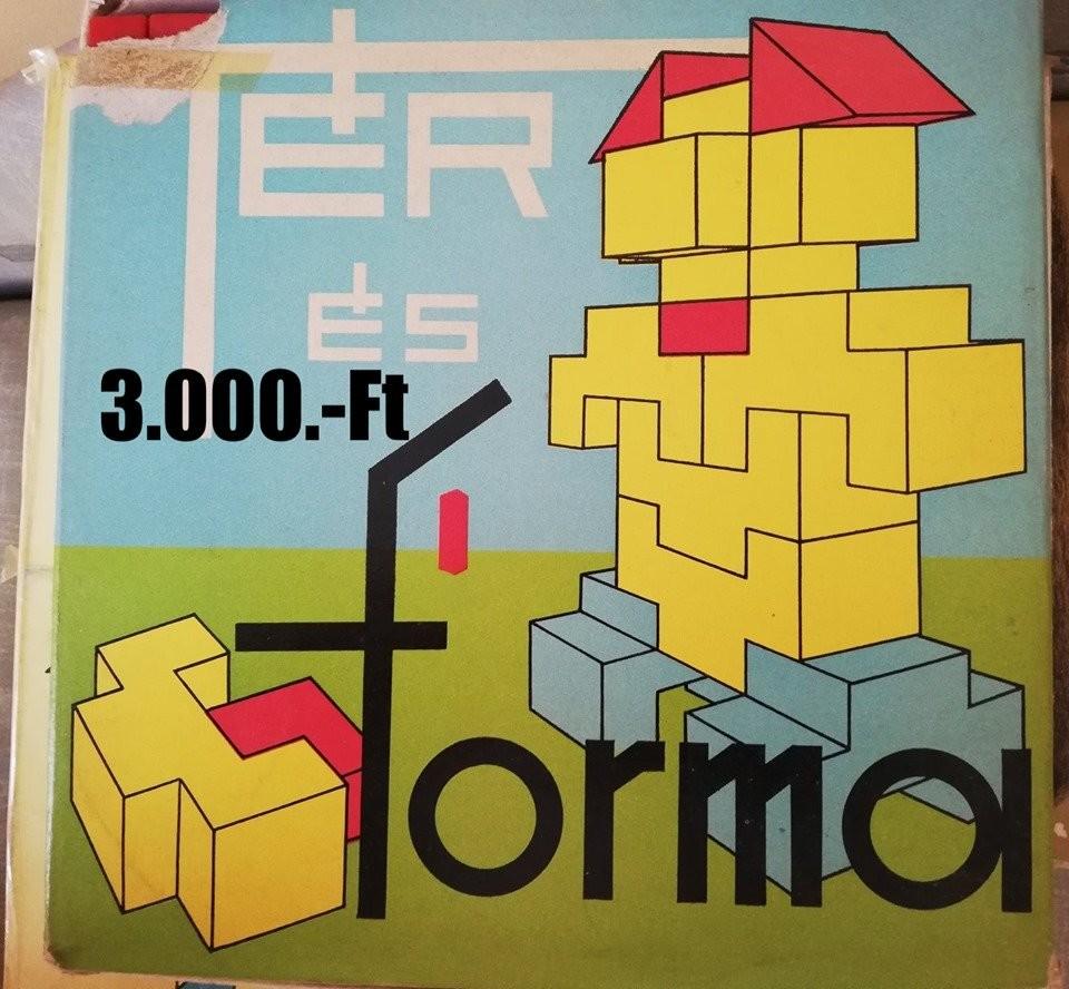 26769abea44247ee193ddf2940382542-ter-es-forma-epito-retro-jatek-szep-allapotban.jpg