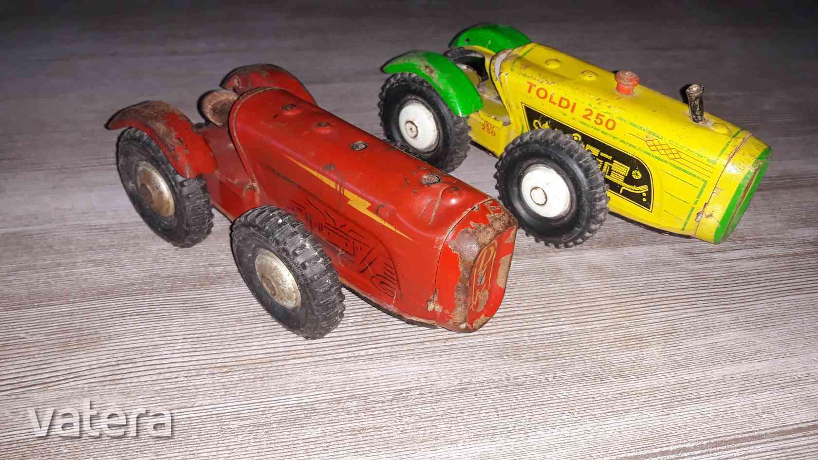 lemezarugyari-toldi-250-traktor-2db-sarga-piros-859a_1_big.jpg