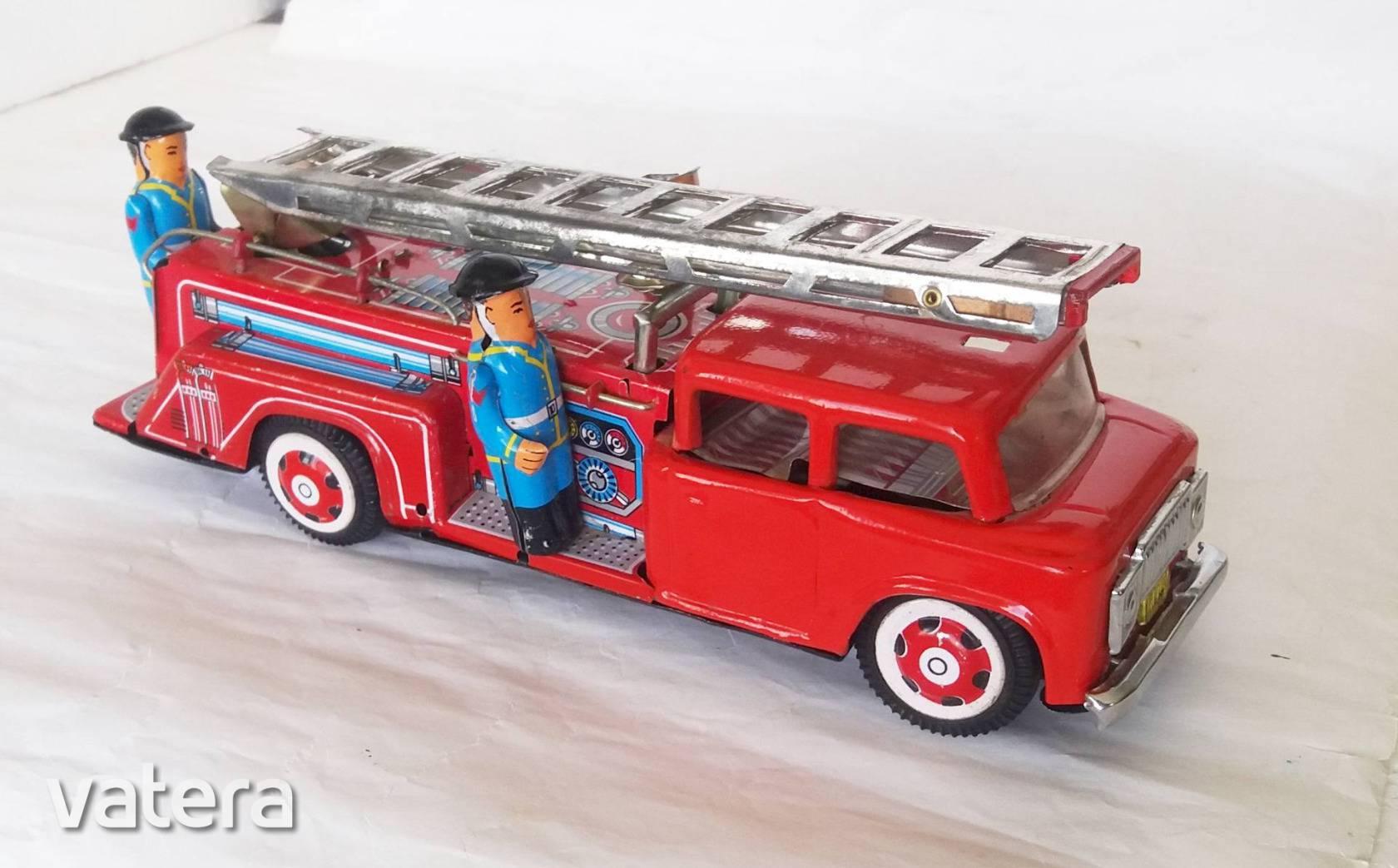 lendkerekes-tuzoltoauto-kinai-badog-lemez-retro-jatek-regiseg-b0aa_1_big_1.jpg