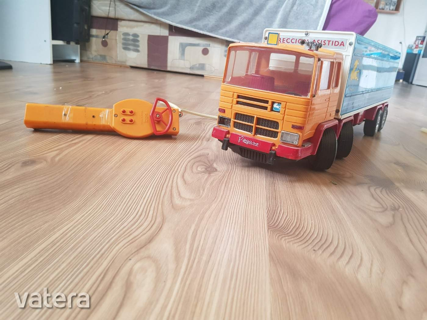nagyon-ritka-tavos-pegaso-rico-taviranyitos-auto-kamion-f9aa_3_big.jpg