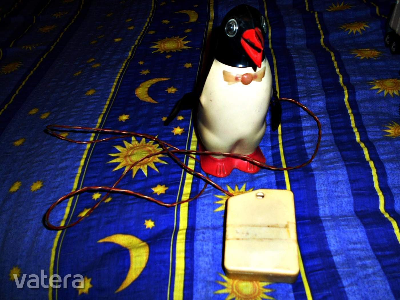 ritka-retro-taviranyitos-pingvin-f3ba_3_big.jpg