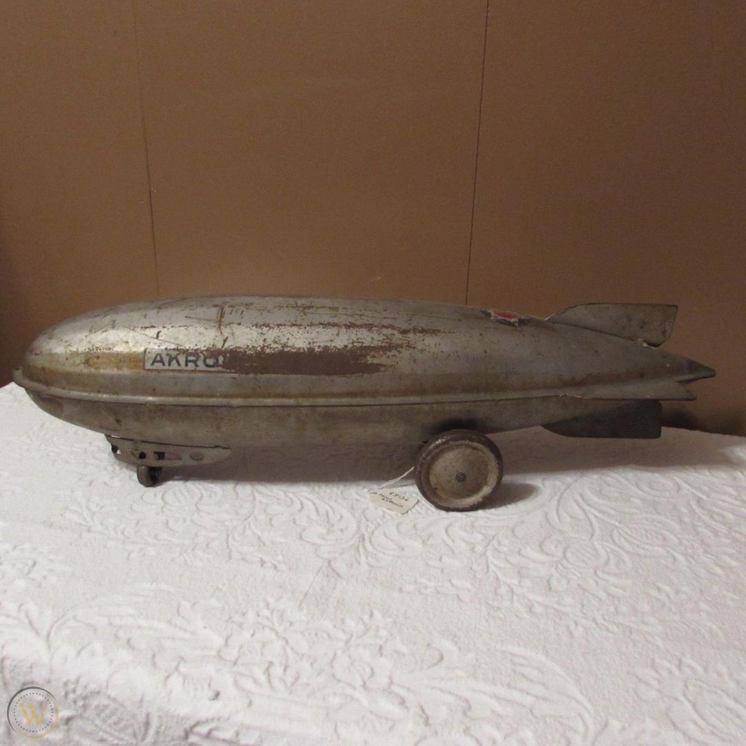 vintage-steelcraft-akron-zeppelin_1_e482ec375901d10fcb279669645dd328.jpg
