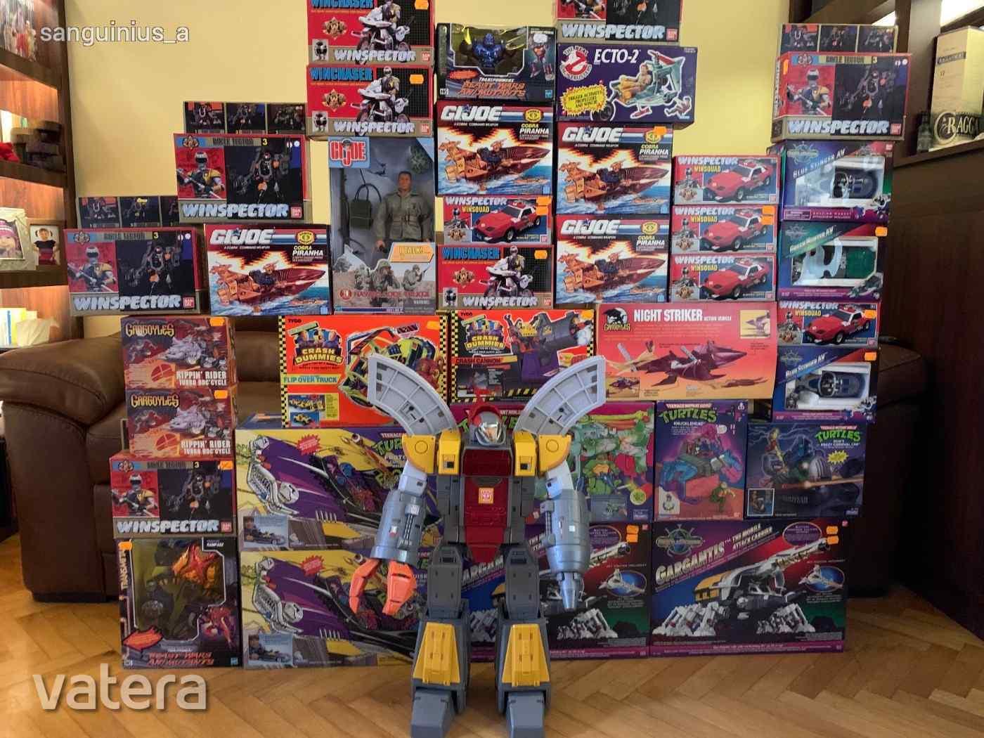 bontatlan-jatekhegy-80-90-es-evek-ghostbusters-g-i-joe-tnmt-crash-dumies-transformers-gargoyles-fe1b_2_big.jpg