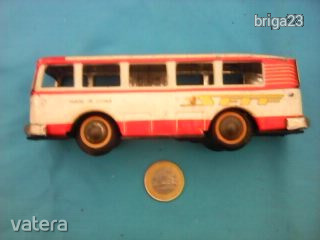 regi-kinai-lemezjatek-autobusz-e72b_1_big.jpg