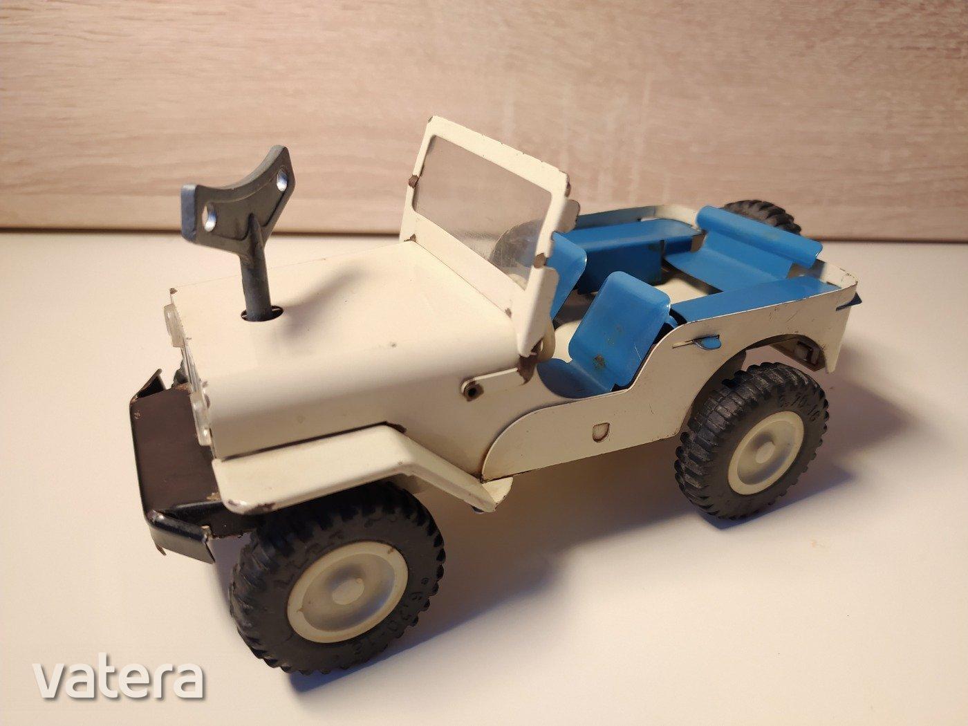 csehszlovak-ites-oramuves-jeep-mukodokepes-jo-allapot-eredeti-kulccsal-4d3b_1_big.jpg