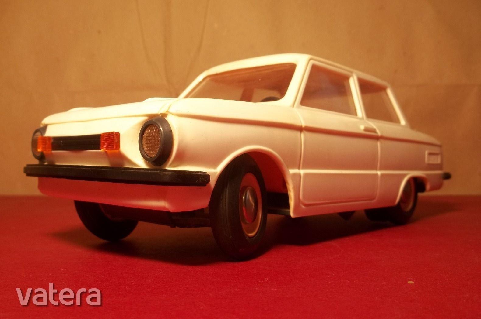 zaz-968-m-zaporozsec-orosz-elemes-jatek-auto-1-ft-rol-7d3b_1_big.jpg