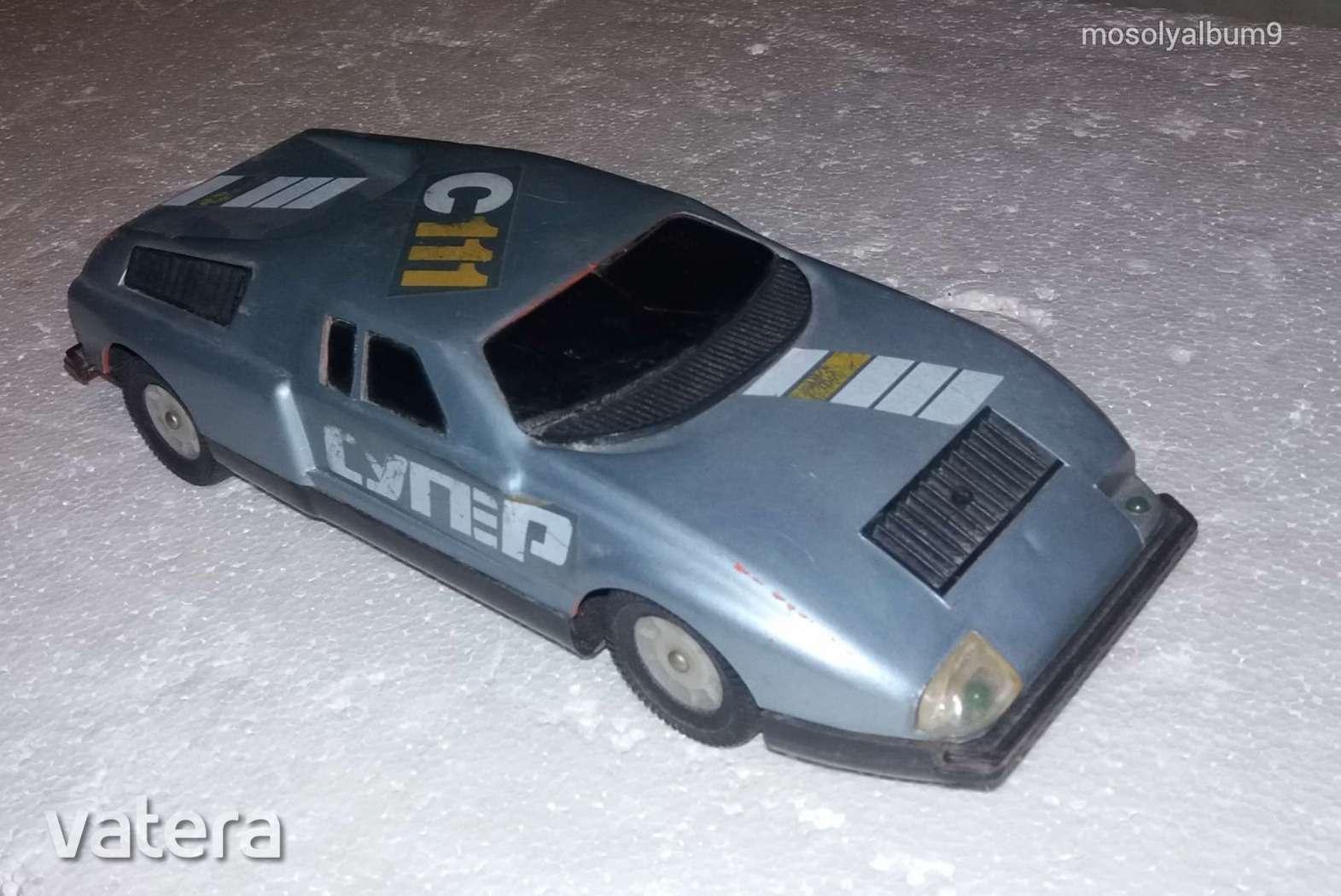 mercedes-c-111-elemes-orosz-automodell-retro-jatek-regiseg-ef4b_1_big.jpg