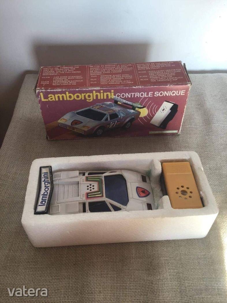 retro-lamborghini-sonic-car-dd4b_1_big.jpg