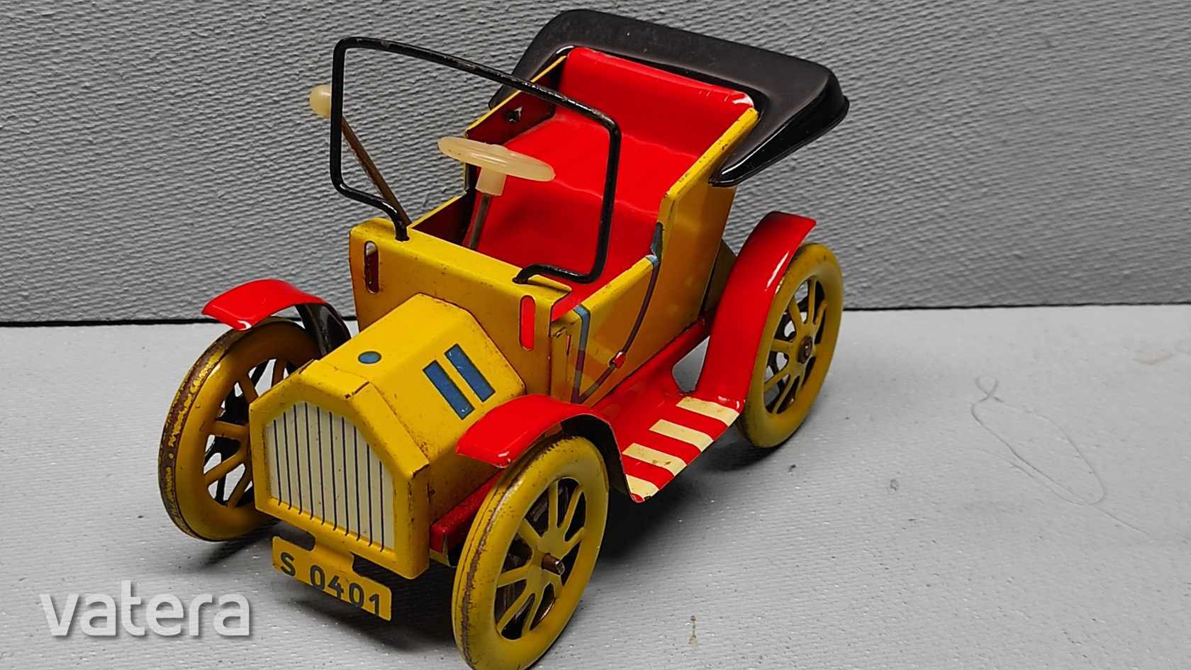 klasszikus-csehszlovak-ford-t-modell-oramuves-auto-3b5b_1_big.jpg