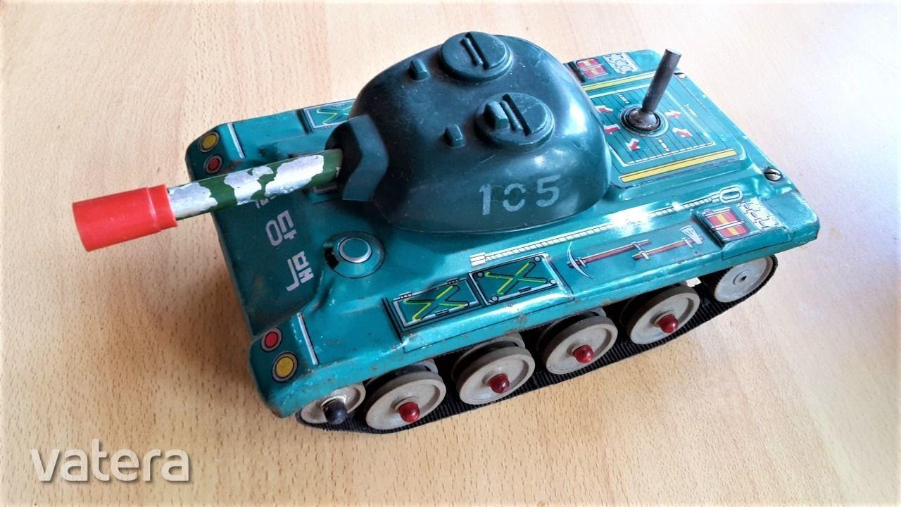 eszak-koreai-tank-harckocsi-elemmel-mukodo-kommunista-lemezaru-jatek-1960-as-evek-e56b_7_big.jpg