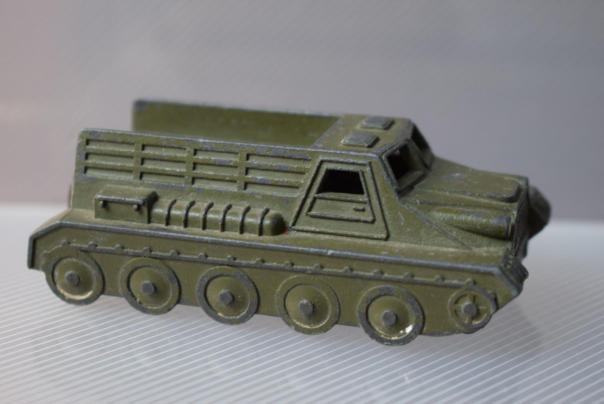 1bb3855f5b6a2ac6654babafb837e263-jatekauto-orosz-katonai-csapatszallito.jpg