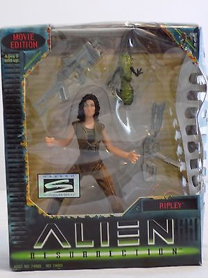 damaged-kenner-alien-resurrection-ripley-action-figure-b42ab7bca05736484b248d5452f04de6.jpg