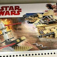 Lego Star Wars Sandspeeder ?