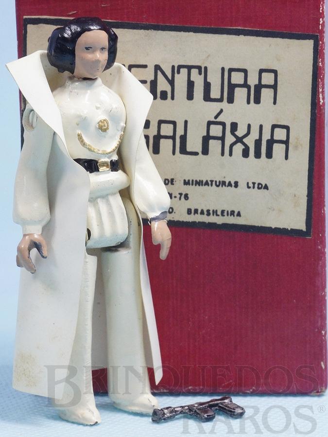 princesa-leia-organa-completa-com-capa-e-arma-serie-aventura-na-galaxia-guerra-nas-estrelas-star-wars-ano-1983-1611457329.jpg