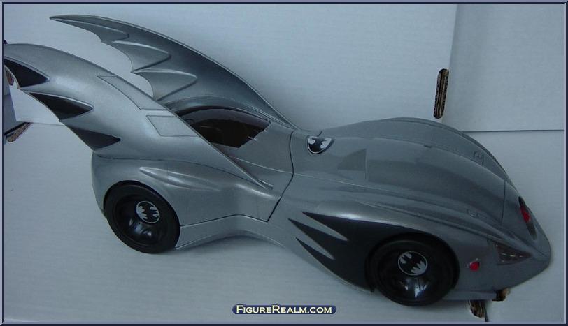 batmobile-loose1_2.jpg