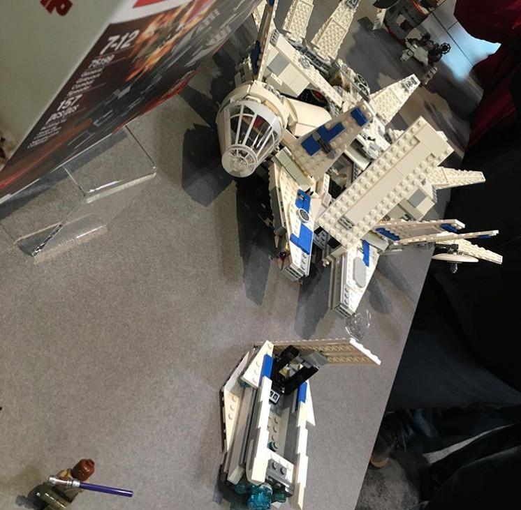 Pár új kép a Kessel Run Millenium Falcon Lego készletről