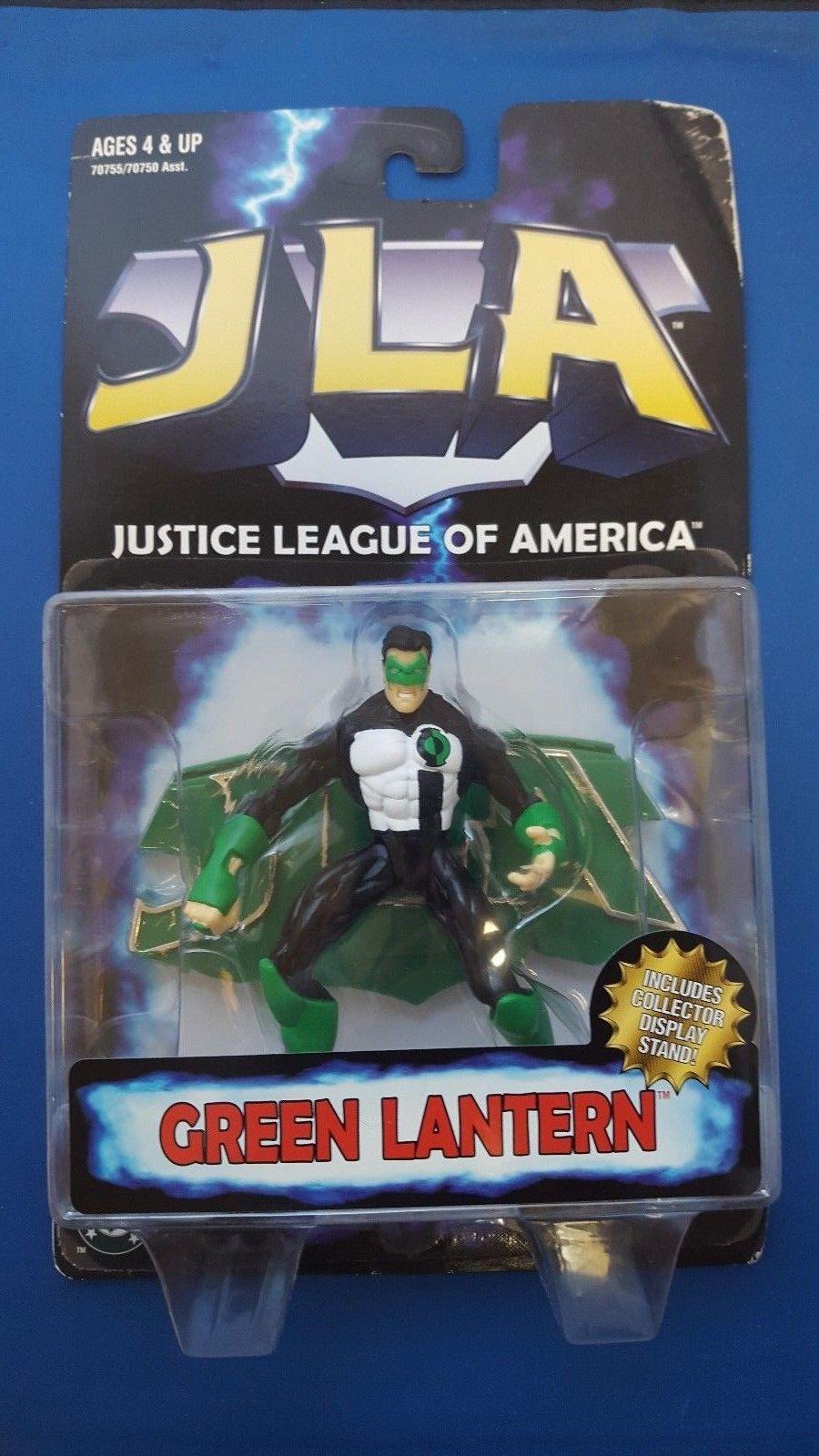 green-lantern-5-figure-w-stand.jpg