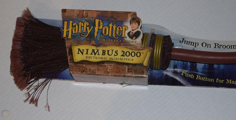 harry-potter-nimbus-2000-electronic_1_16aa7ebff60dfa789459797f309fb3f9.jpg
