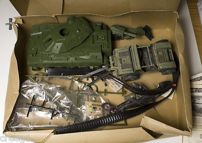 joe-revell-1982-combat-unit_1_86400bdc1f40701765cc2f880887a4ad.jpg