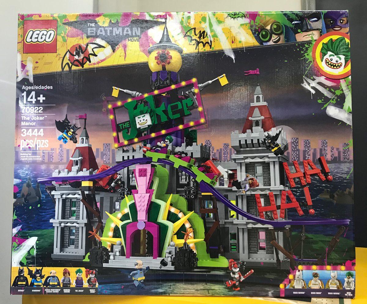 lego-joker-manor-70922-mansion-del-joker-guason-exclusiva-d_nq_np_652799-mlm26494581766_122017-f.jpg