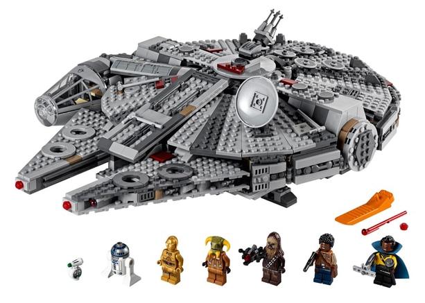 lego-star-wars-75257-millennium-falcon-4.jpg