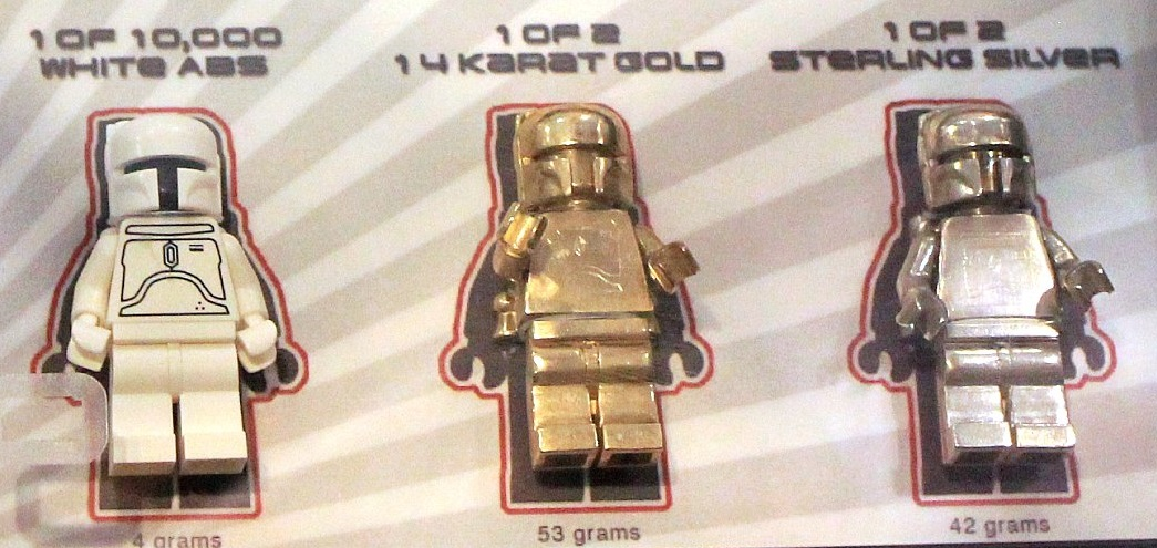 lego-star-wars-gold-and-silver-boba-fett-sdcc-2010-and-celebration-v-minifigures-closeup.jpg
