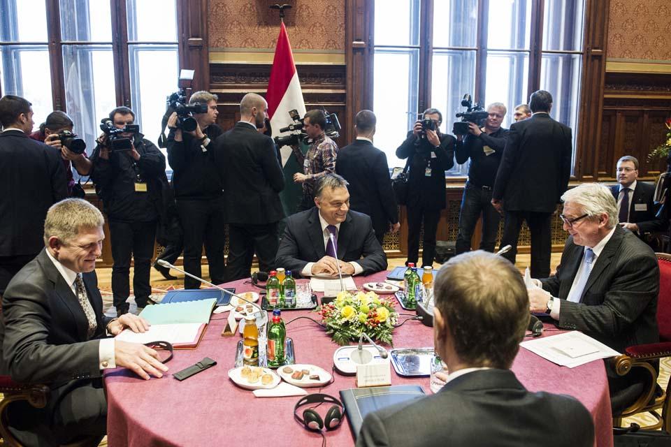Orbán_V4_atom.jpg
