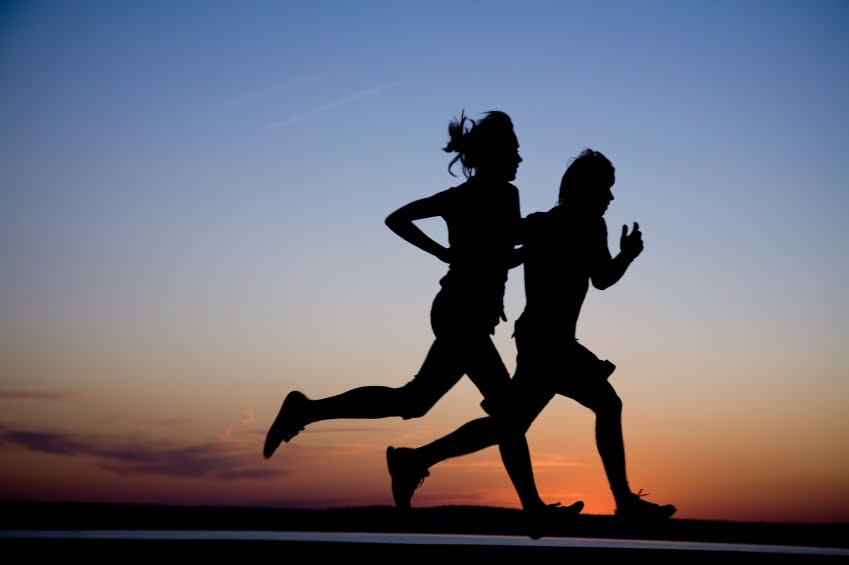 Man-woman-running-in-silhouette.jpg