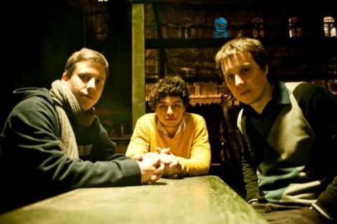 dav_trio.jpg