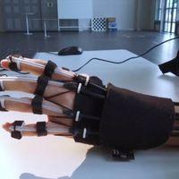 Agyhullámokkal irányítható exoskeleton-kar
