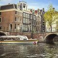 Robotcsónakok az amszterdami csatornákon