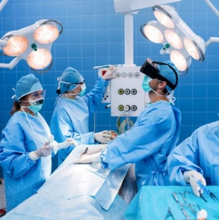 robot_surgeon0.jpg