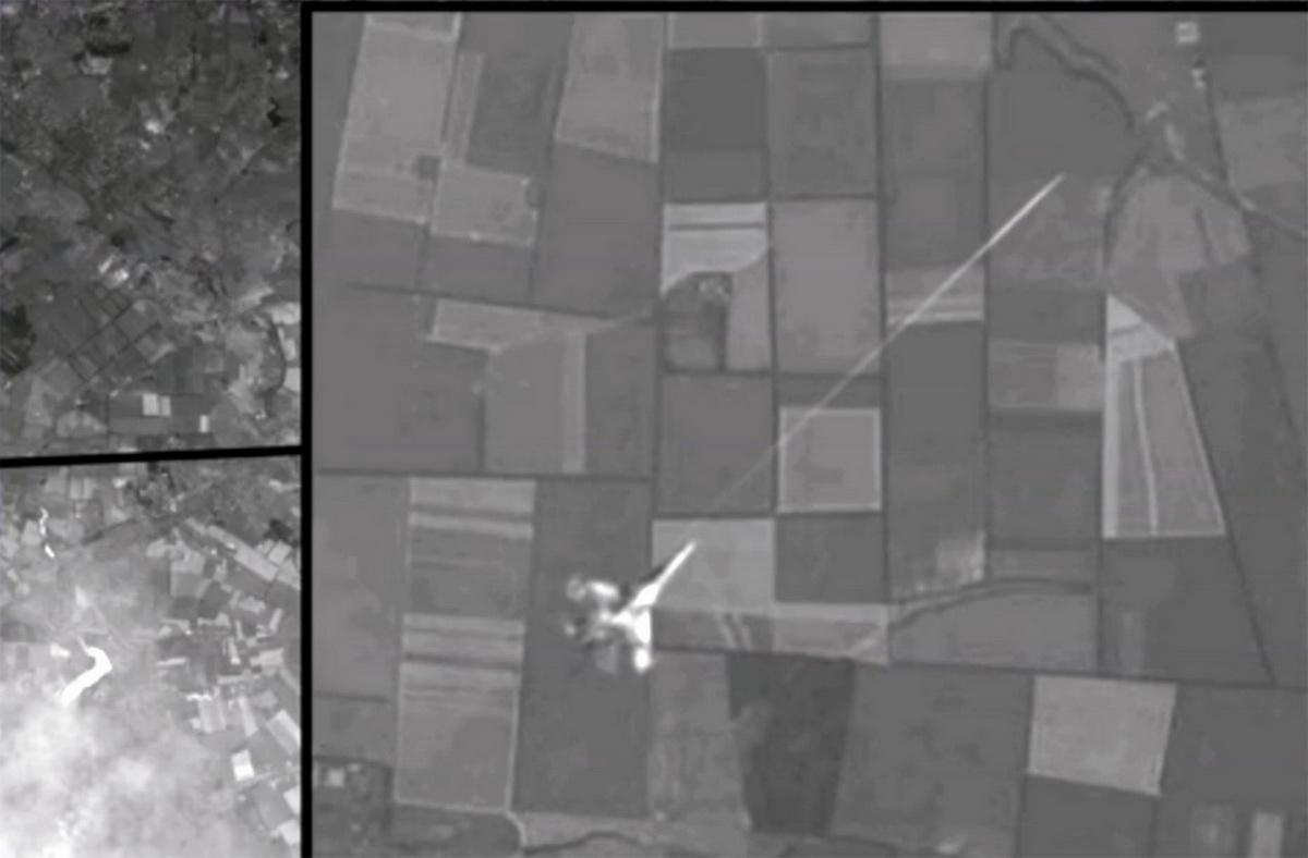 moment-flight-mh17-was-shot-down.jpg