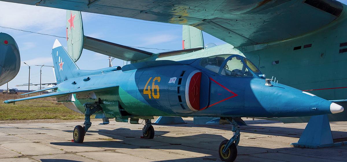 yak-38-1_1429205892_1_resize.jpg