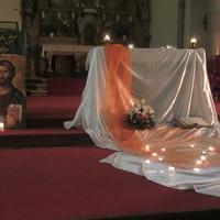 Evangélium Lectio Divina-módra: a keddi Inigo-imaest után más lesz a vasárnapi szentmiséd