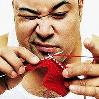 A pulóver az a ruhadarab, amit a gyereknek haladéktalanul fel kell venni, ha fázik a mama...