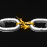 A sebezhetőség dicsérete a közösségi megosztásban