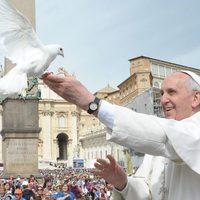 """Ferenc pápa üzenete:  """"A jó politika a béke szolgálatában áll"""""""