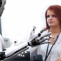 Milyen egy robottal állásinterjúzni? Ilyen!