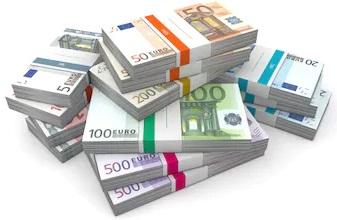 big-pile-euro-banknotes1.jpg