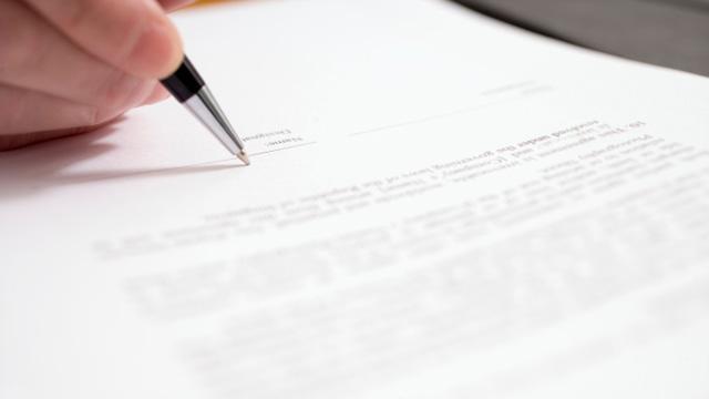 letter_signing.jpg